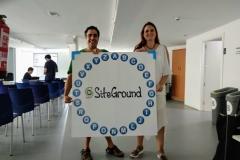 Empieza por la S...Mejor Hosting...Siteground